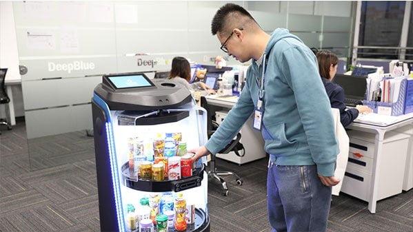deepblue-vending-robot-2-min